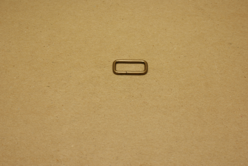 Ring rechthoek ongelast 20mm oud goud