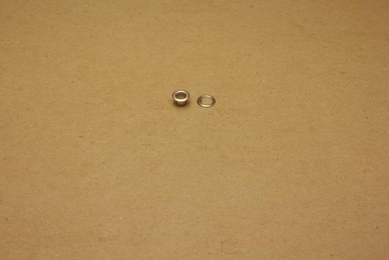 Zeilring nikkel 4mm (100)
