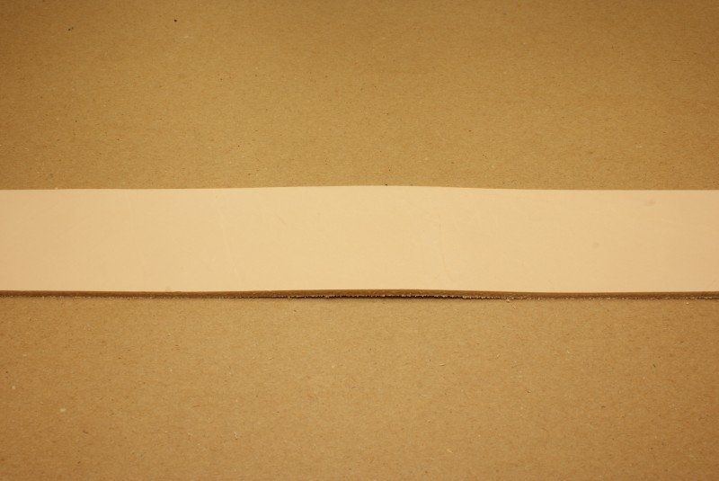 Strook tuigleer 120cm, breedte 6cm