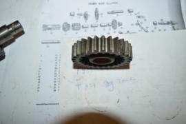 Triumph T437 tandwiel versnelling bak