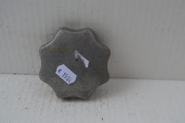 Benzinetank dop aluminium 8 vinger grepen