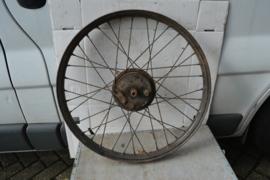 Wiel jaren 30/40 diameter 56,5 cm/breed 55 mm