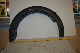 Spatbord achter 19 inch lengte 71 cm/hoogte 46 cm/breed 13 cm