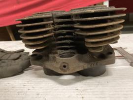 Triumph E 2461 3T cilinder