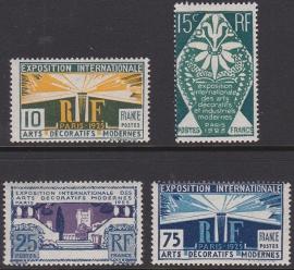 Mi:  177-180 Postfris Cataloguswaarde 28,00 E-5529