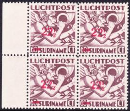NVPH LP24F Met variatie kopstaande 1 van 2½  Postfris in blok van 4