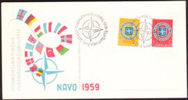 FDC E37  ''NAVO 1957'' ONBESCHREVEN met OPEN klep