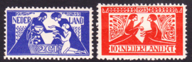 NVPH 134-135 Toorop Postfris Cataloguswaarde 100.00