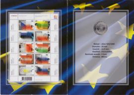 Herinneringsmapje:  Officiele welkomsset uitbreiding EU inc zilveren 5 euro munt