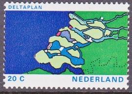Plaatfout  1002 P   Postfris   Cataloguswaarde  12.00  E-5683