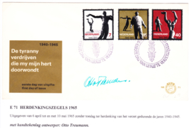 E71 Gesigneerd door Ontwerper: Otto Treumann met open klep
