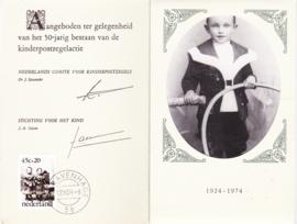 ZEER ZELDZAAM mapje met kaarten kinderpostzegels 1974 tbv 50 jaar kinderpostzegels
