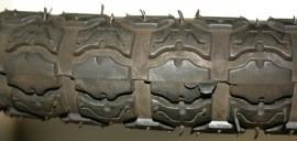 Buitenband weg-profiel 2.25 x 16 inch (49101)