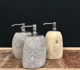 Natuurstenen zeepdispenser gemiddeld 20cm hoog