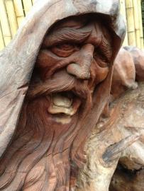 Teak Sculpture Man met Schreew