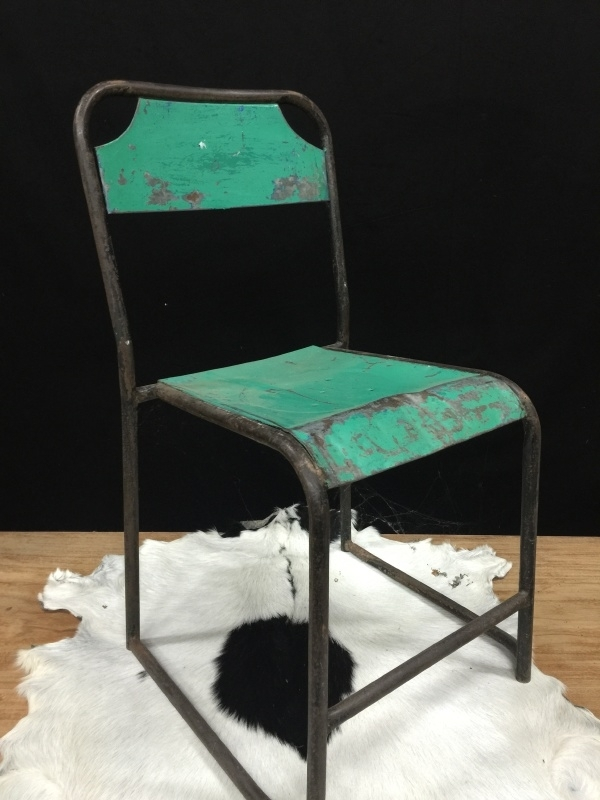 Iron chairs / stoel industrieel, groen.