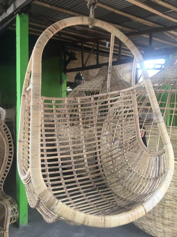 Rotan Hangstoel Buiten.Rotan En Bamboe Sakuraimport