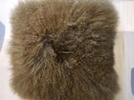 Kussen schapenvacht by NORDAL Bruin