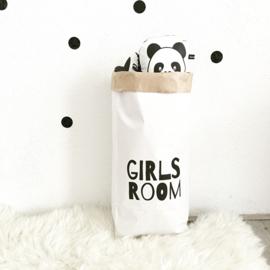 Paperbag Girls