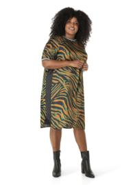 """(40197P) """"Qirah"""" Groene zebra print jurk korte mouw"""