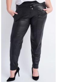 (D-7003-LL) Leather Look Broek met zakken en smal uitlopende pijpen