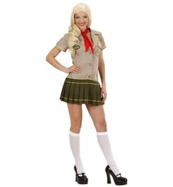 Scouting woman