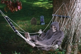 Decoratie relaxing skeleton