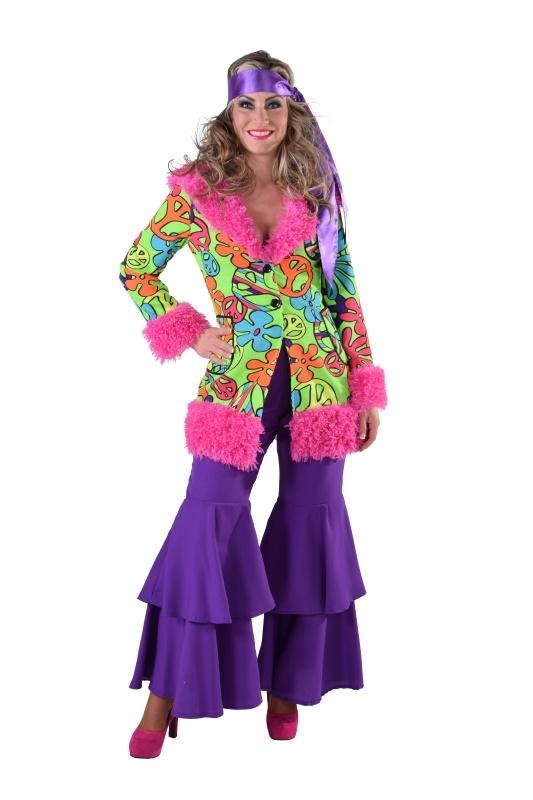70's hippie chick mantel