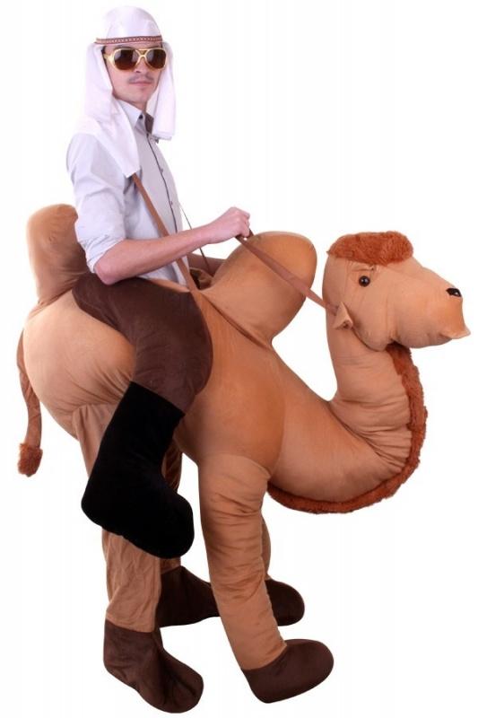 Rijdend op kameel kostuum