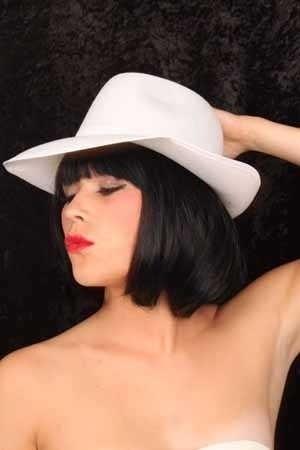 Witte Al capone hoed