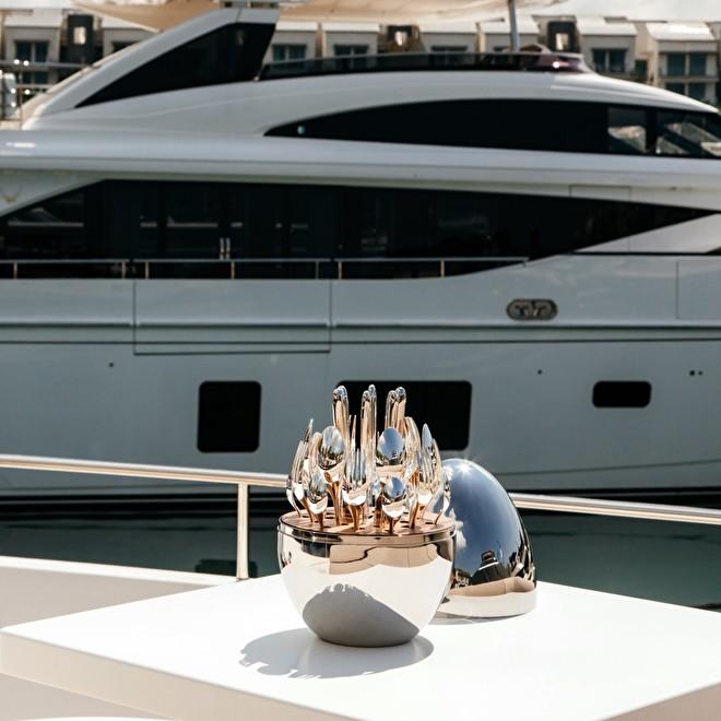 Mood Yacht