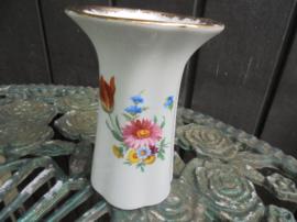 Vaas met bloemboeket / roze bloem, oranje tulp