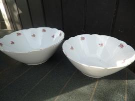 Seltmann Weiden INKA diepe ronde kom/Saladeschaal met rose/rode roosjes grootste maat