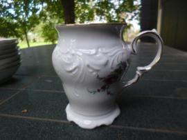 ZELDZAAM!! Mokken / Bekers van Wawel met grote bloemtak met oa. roos