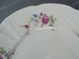 Ontbijtbordje MOSA met licht roze roos / bloemboeket