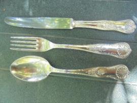 Antiek volop bewerkte diner bestekset verzilverd mes - vork - lepel