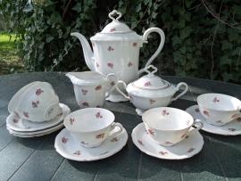 Koffieservies Seltmann Weiden Marie Luise Bavaria met roze/rode roosjes
