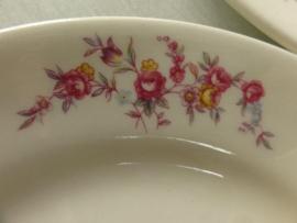 Regout Ontbijtbordjes roze roosjes/bloemetjes