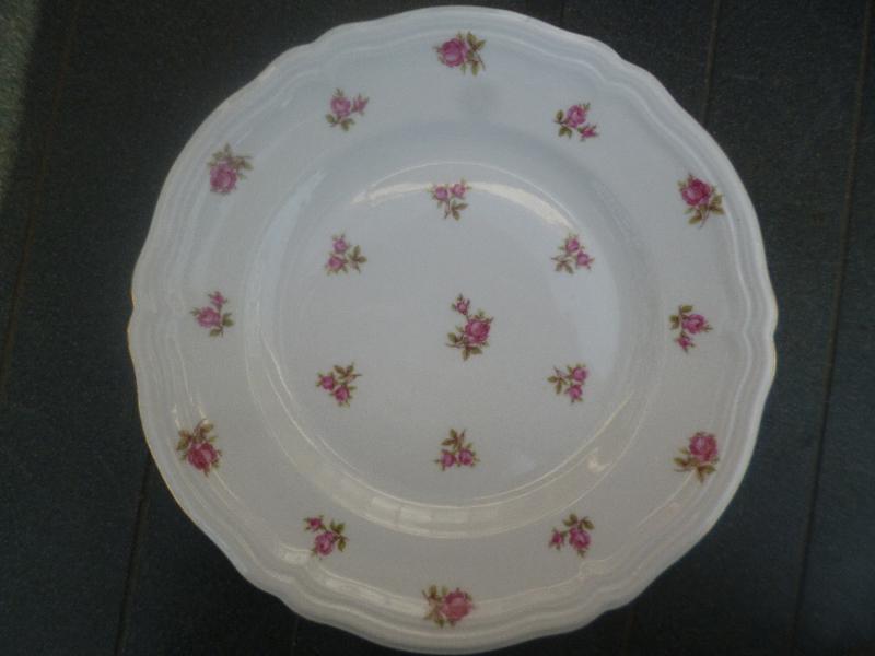 Dinerbord Seltmann Weiden Marie Luise met roze/rode roosjes