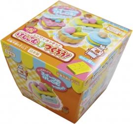 Kutsuwa Eraser Kit DIY Macaron & Sweets
