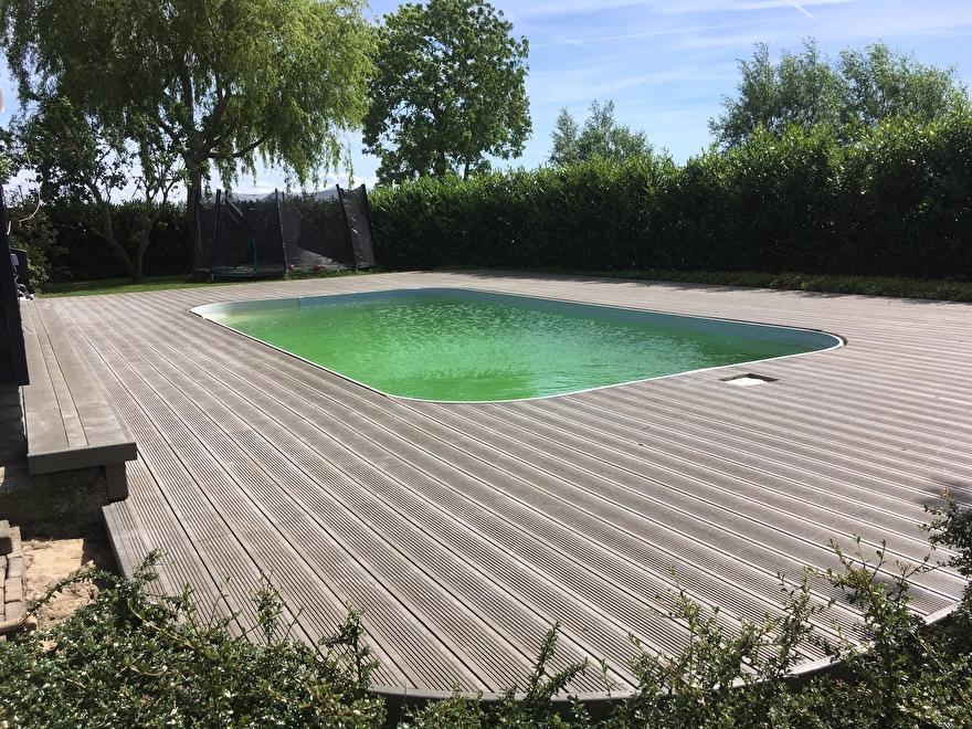 GovaDeck vlonder rondom zwembad