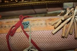 Brocante Kantklos kussen met accessoires