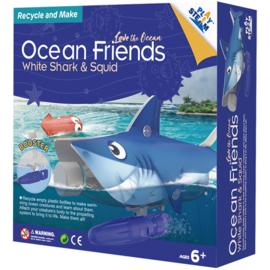 PlaySTEAM – White Shark & Squid