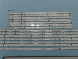 LS922/60  SET  BACKLIGHT LED STRIPS  ( 16 STUKS )BN96-30433A  EN  BN96-30434A   SAMSUNG