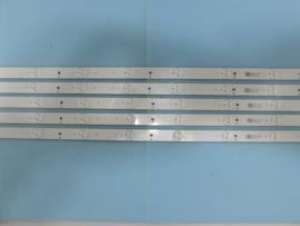 LS715/43 SET LED STRIPS  (5 STUKS ) (84 CM)   996599001111   IDEM  996599001109  IDEM  996598006791   IDEM  996599000696 PHILIPS