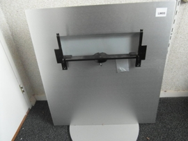LW05  VOET LCD TV  SUP  89797.302  LOEWE