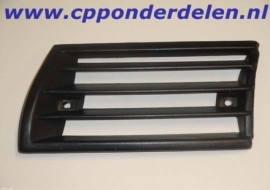 911054 Claxongrill zwart kunststof links