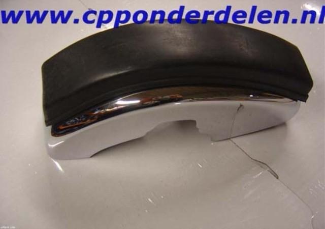 911068 Bumperguard voorzijde met rubber rechts S-lijst