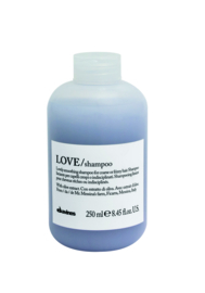 LOVE SMOOTHING Shampoo Liter