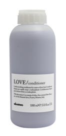 LOVE/ Smoothing Conditioner Liter